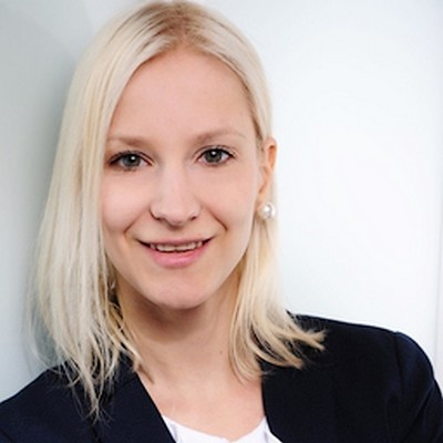 Anna Dollhäubl Intercessio GmbH Sourcer Recruiter Projektmanagerin